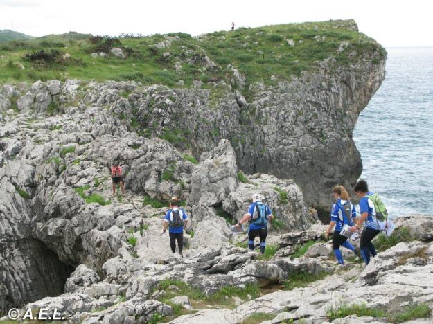 Equipo PiloñaDeporte-VeranoAzul durante la segunda etapa.